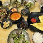 ソウル老舗のスンドゥブ鍋屋ソドンゴントゥッペギチブで食事