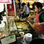 釜山名物を食べよう!行列のできるシアホットク屋台(南浦洞)