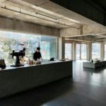 コーヒーを空間で演出する話題のカフェ「エントロサイト延禧洞」