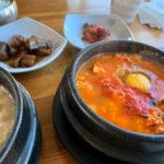 慶州の有名なスンドブ屋さんで贅沢な朝食