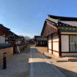 渾身込めて造った新しい観光地「慶州校村マウル」